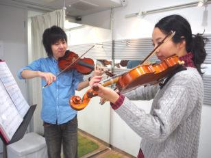 大人がゆったり楽しめる弦楽器教室 / 谷内亮太